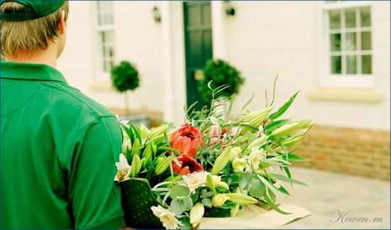 Достоинства доставки цветов